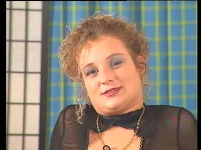 Süsse Deutsche Teenie Frau mit kleinen Titten gefickt